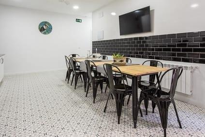 ¿Por qué buscar un alojamiento para estudiantes en Madrid?